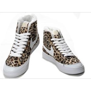 耐克女鞋子图片