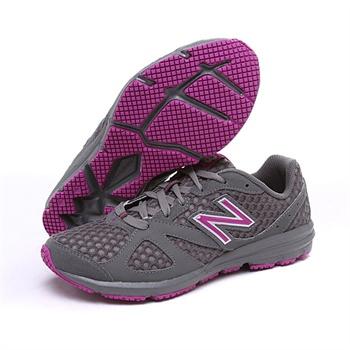 New Balance 新百伦W630 V2 女款 轻量跑鞋    .24