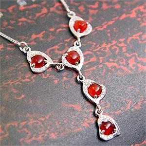 张银匠 S925纯银天然红玛瑙心形项链 红妆素裹